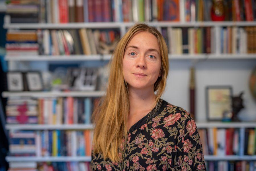 Christina Hansen har ägnat tre år åt att observera och intervjua aktivister inom den utomparlamentariska miljön i Malmö.
