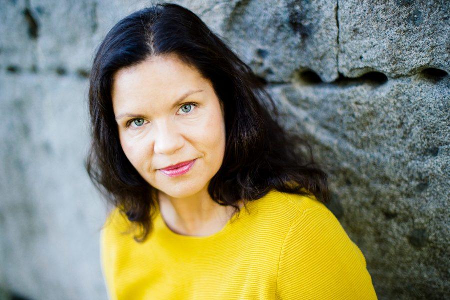 Louise Lindfors är generalsekreterare för Afrikagrupperna som tagit initiativ till kampanjen Fröaktionen.
