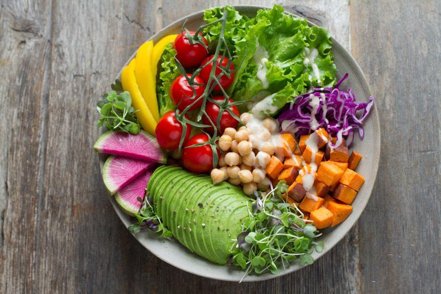 Mer än hälften av svenskarna vill äta mer växtbaserad kost under 2020.