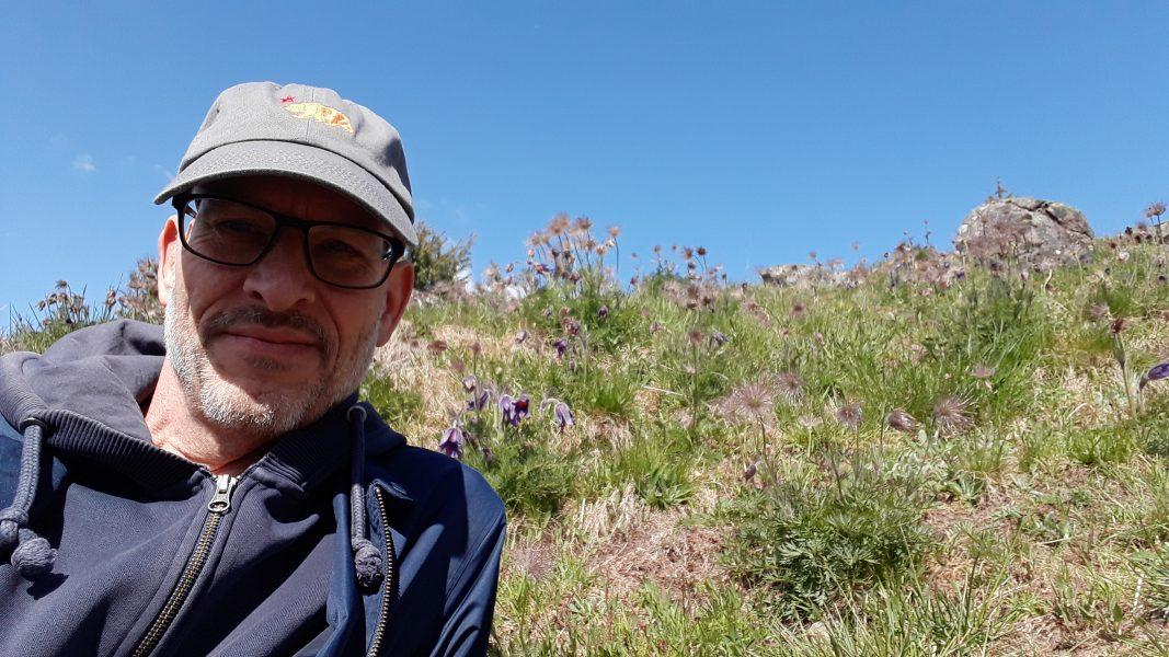 """""""Jag tror vi alla har upplevt upphöjda stunder tillsammans med djur, växter, väder eller mineraler"""", säger Thomas Laurien, forskare på HDK Valand i Göteborg."""