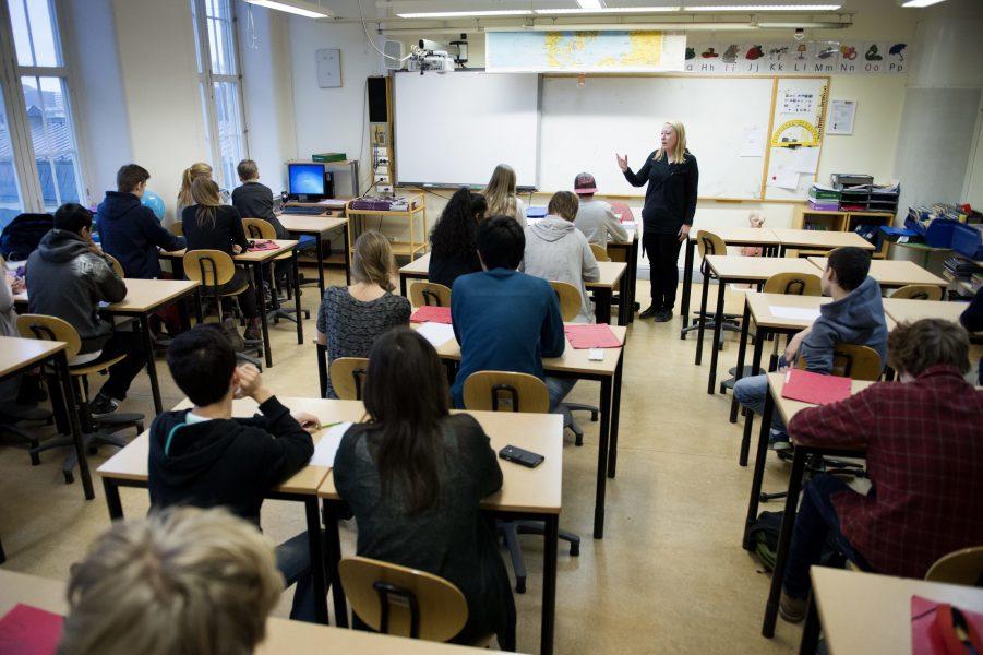 Skolan bedriver inget uthålligt jämställdhetsarbete varken för nyanlända tjejer eller killar.