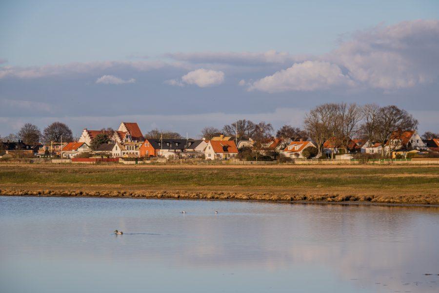 I Skåne går havsnivåhöjningarna snabbare än landhöjningen.