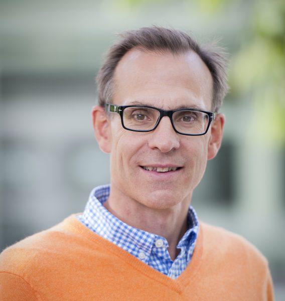 Örjan Gustafsson är svensk ledare för forskningsexpeditionen till Arktis som bland annat ska studera hur den tinande permafrosten påverkar utsläppen.