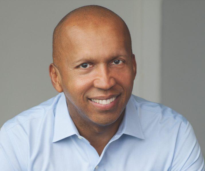 En av pristagarna, advokaten BryanStevenson, får priset för arbetet med att reformera USA:s straffrättsliga system och för att ha gått till botten med den historiska rasismen i USA.