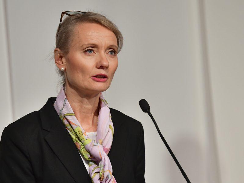 Karin Tegmark Wisell, avdelningschef på Folkhälsomyndigheten, under en myndighetsgemensam pressträff.
