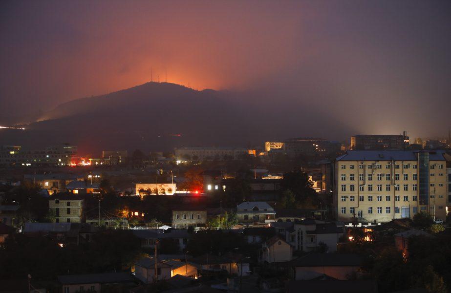 Strider nära Sjusja, i närheten avNagorno-Karabachs huvudort Stepanakert, i november 2020.