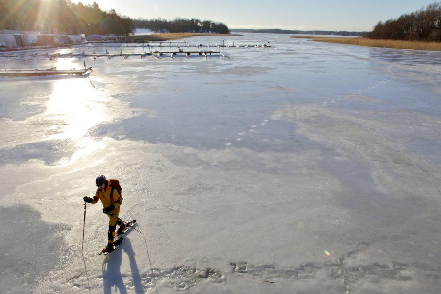 Vattnet i Mälaren hade högre halter av läkemedelsrester och andra miljöföroreningar än Vänern och Vättern.