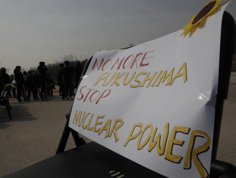 På tioårsdagen av kärnkraftsolyckan i Fukushima skriver representanter från Folkkampanjen mot Kärnkraft-kärnvapen tillsammans med flera andra organisationer om varför vi aldrig får glömma det som inträffade.