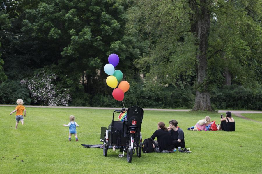 Regnbågsfamiljer får egentid på öppna förskolan i Göteborg.