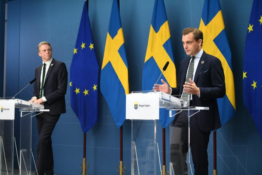 Per Bolund, miljö- och klimatminister, och Per Olsson Fridh, minister för internationellt utvecklingssamarbete.