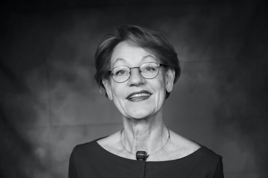 """Gudrun Schyman: """"Det behövs kraftiga opinionsyttringar för att partier ska vakna till liv""""."""