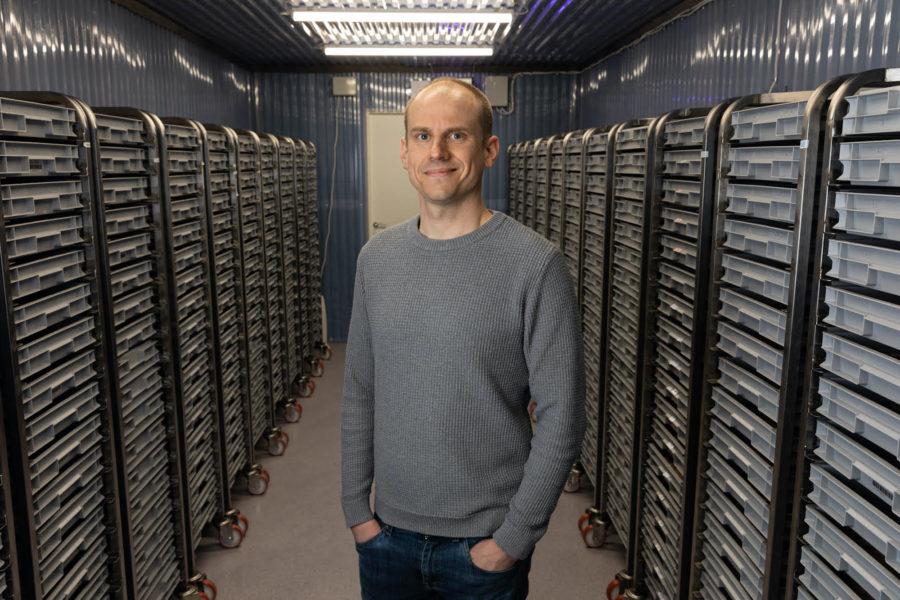 Nils Österström tror att insekter som mat är en pusselbit i att lösa framtidens stora resurs utmaningar.
